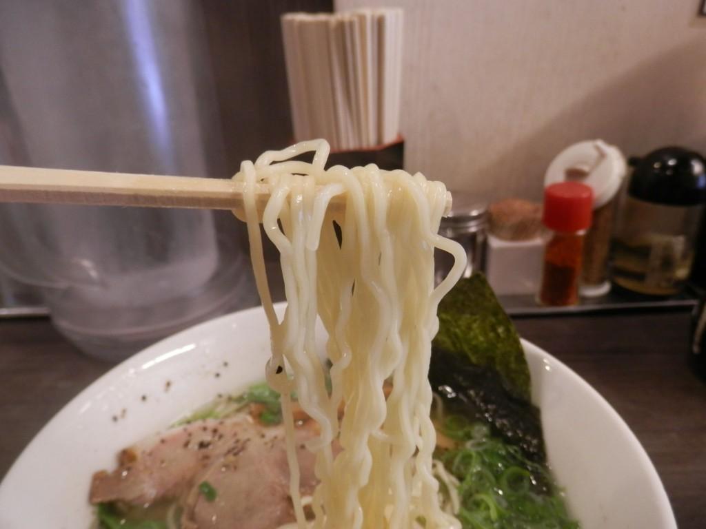 香味徳ラーメン麺